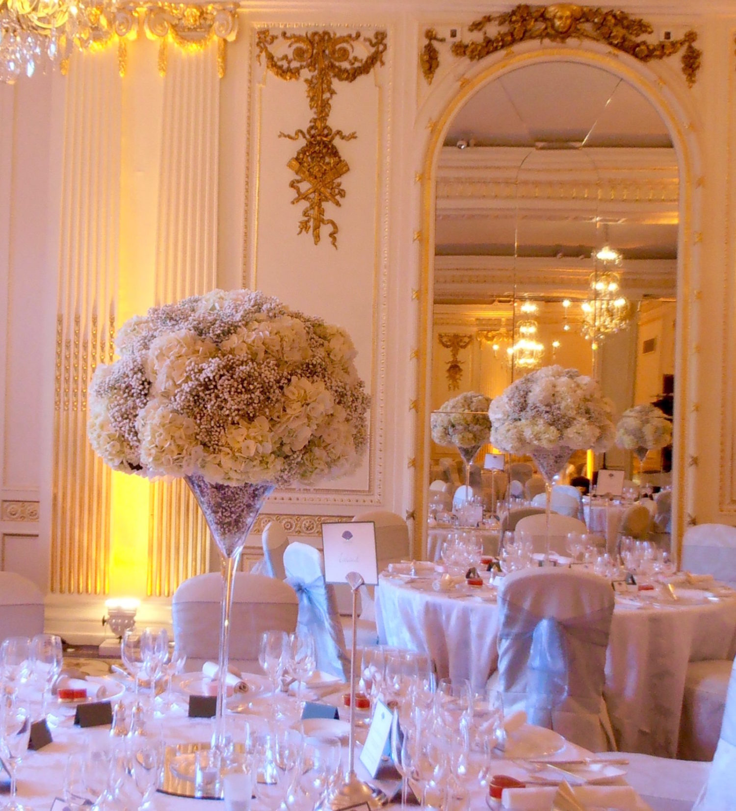 Wedding Flowers at the Mandarin Oriental Hyde Park, London