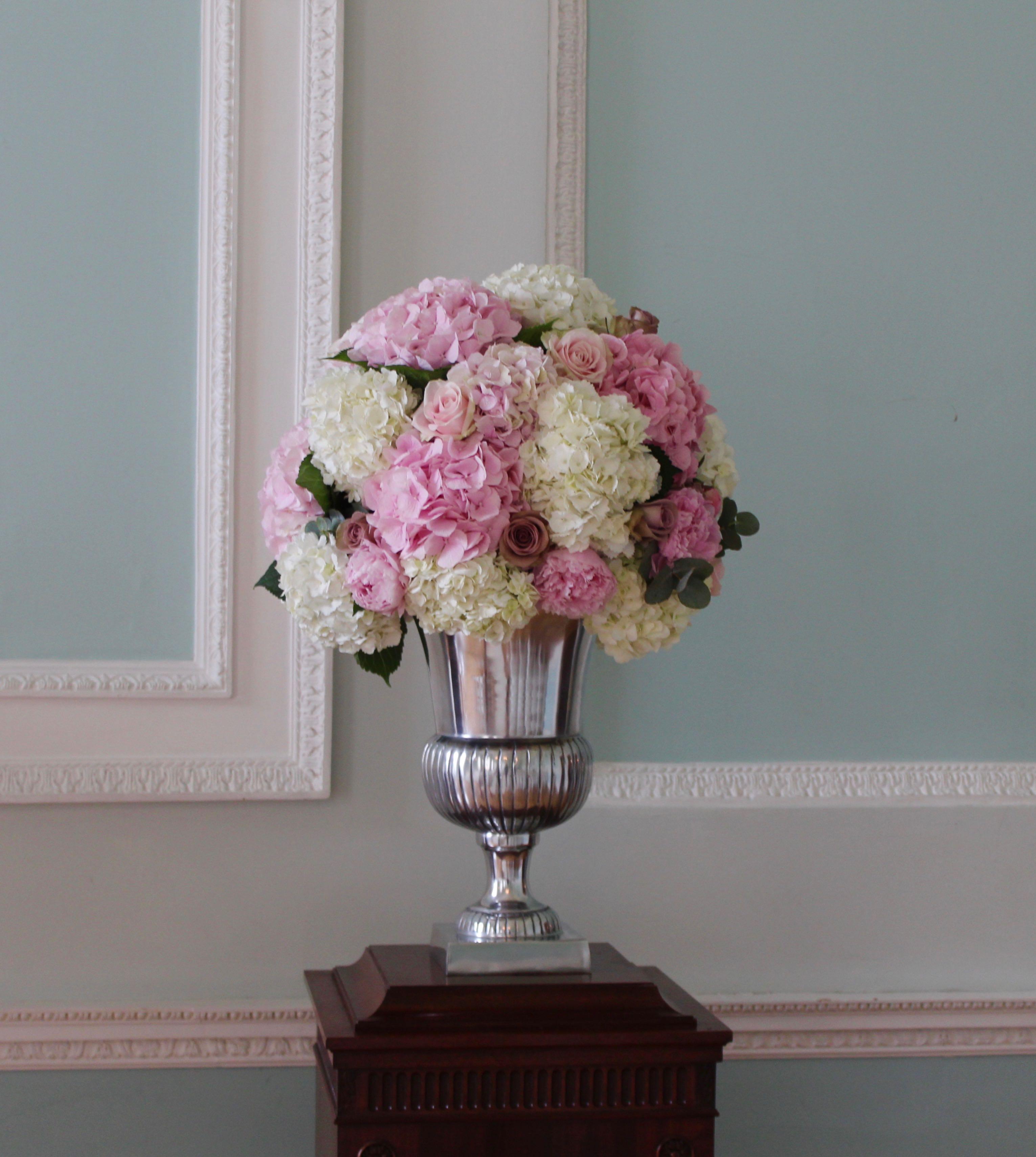 Botleys Mansion Urn Flower Display