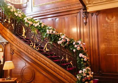 Savile_Club_Rose_Staircase
