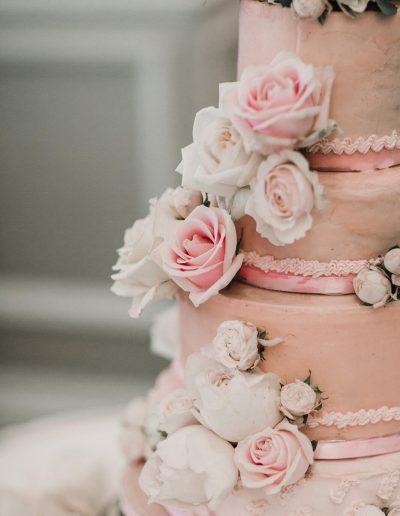 Corinthia Wedding Cake Flowers