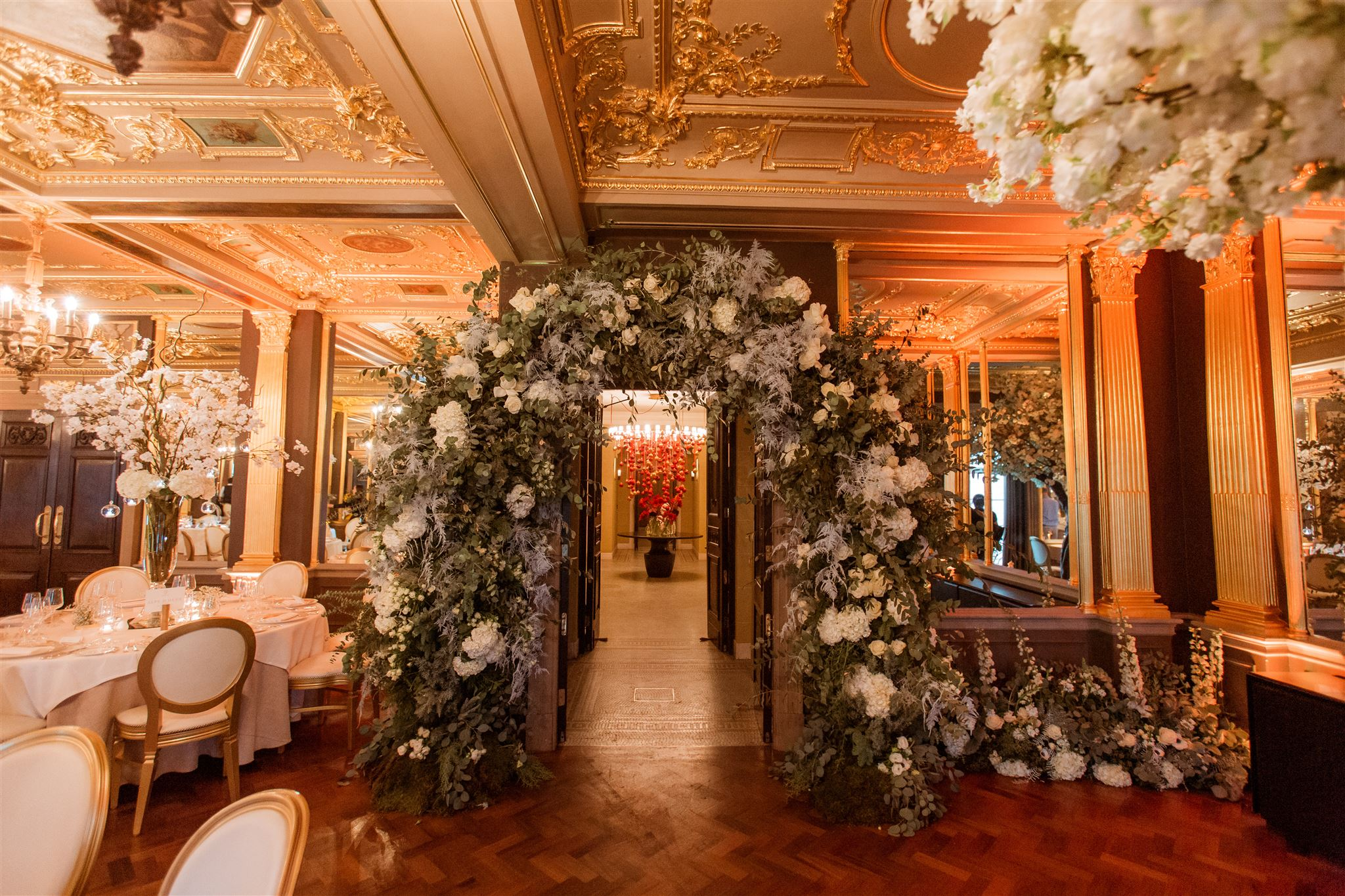 wedding flower arch